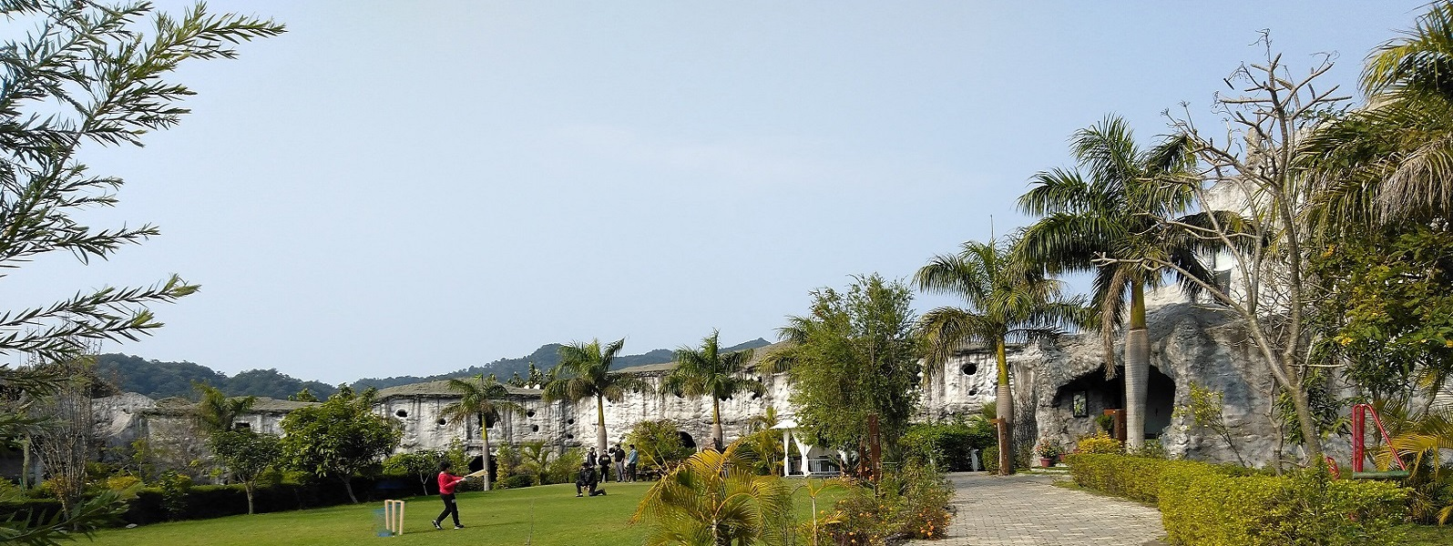 best resort in jim corbett